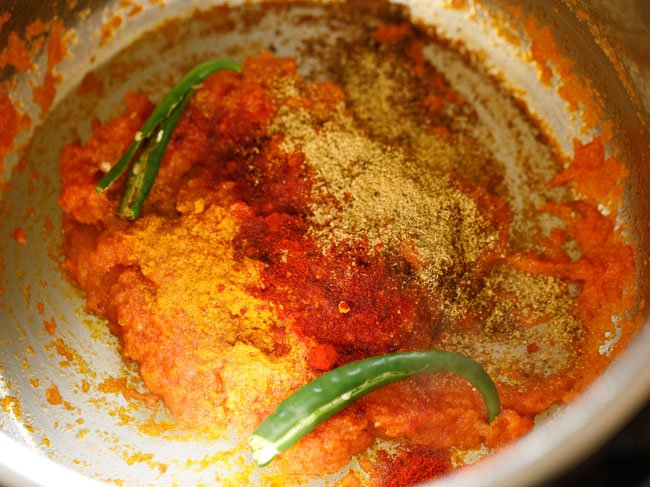 add spices in instant pot