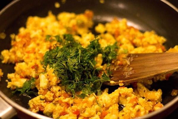 add coriander leaves to paneer bhurji recipe