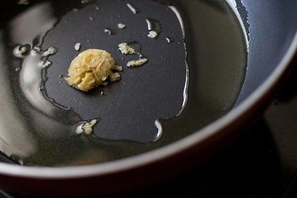 making punjabi chole masala