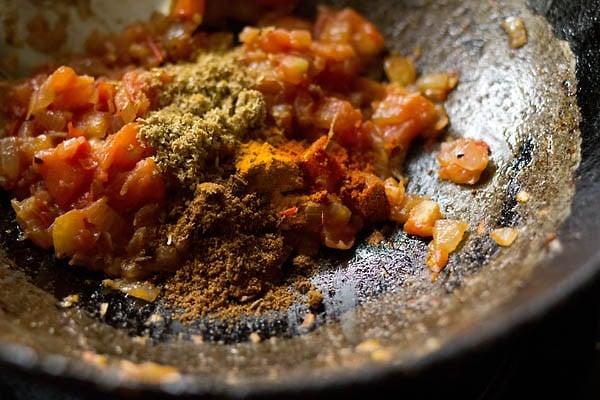 making masala for aloo bhindi recipe