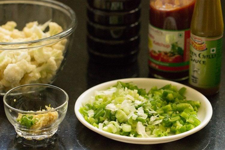 making gobi manchurian gravy recipe