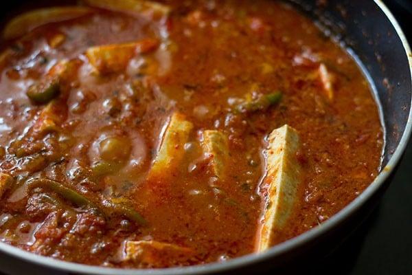 simmering kadai paneer curry