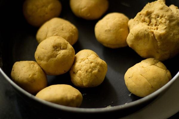 divide masala puri dough into balls