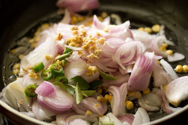 onions for preparing masala dosa recipe