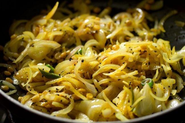 preparing hotel style masala dosa recipe