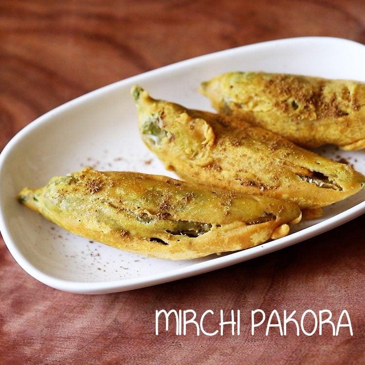 mirchi pakoda recipe, mirchi bhajiya recipe, mirchi pakora recipe