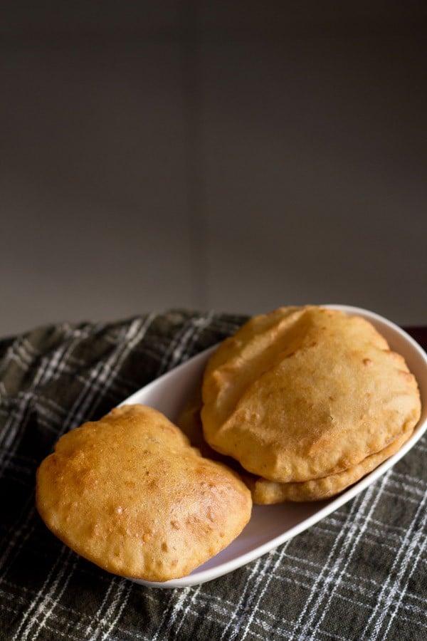 mangalore buns recipe | mangalore banana pooris | banana buns recipe