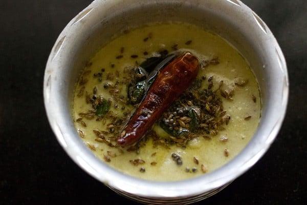 tempering for nariyal chutney recipe