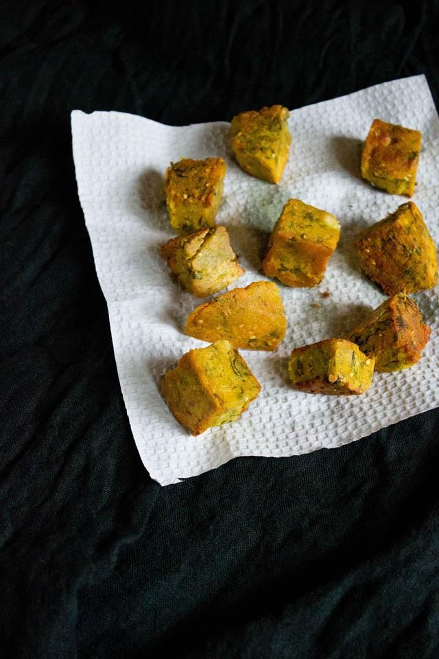 kothimbir coriander vadi recipe