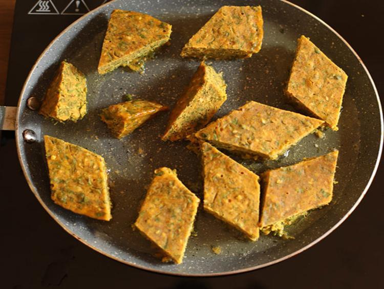 kothimbir vadi recipe