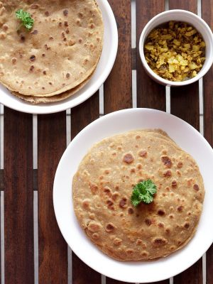 mooli paratha recipe, how to make mooli ka paratha | radish paratha