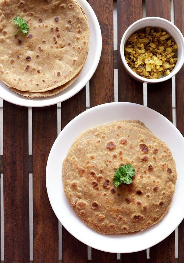 mooli paratha recipe, how to make mooli paratha | radish paratha