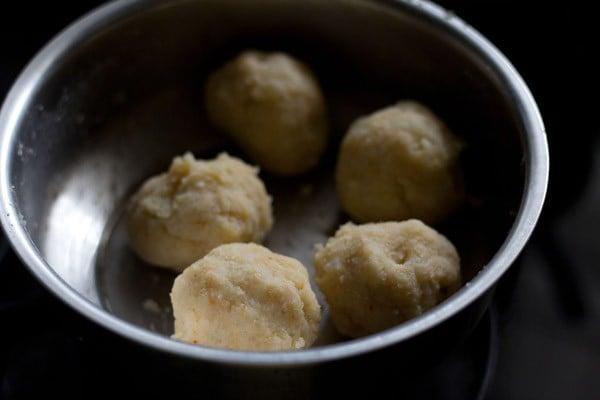 dough for making corn patties