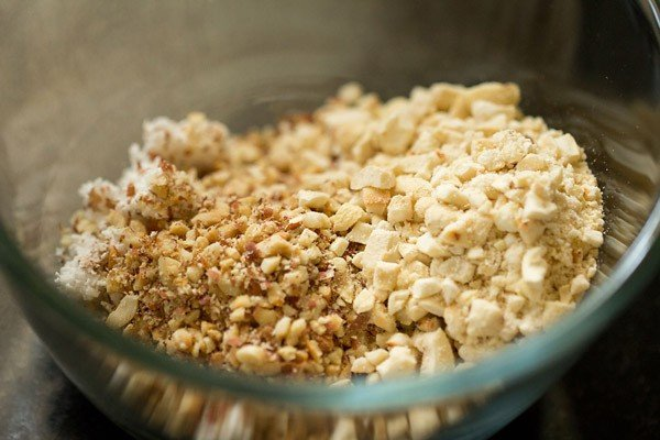 peanut and cashew mixture added