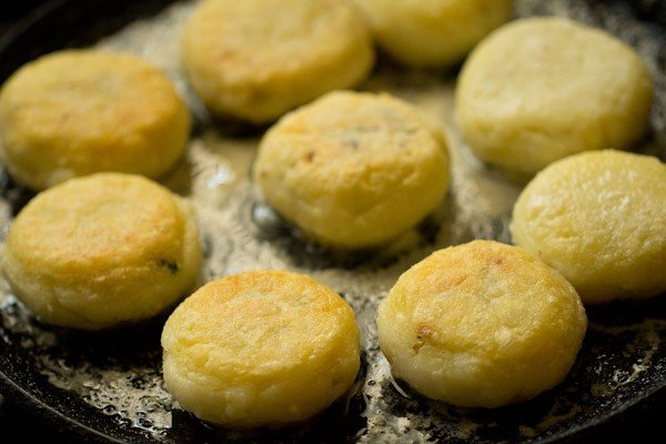 frying farali patties on tawa