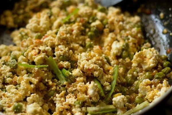 making matar paneer bhurji recipe