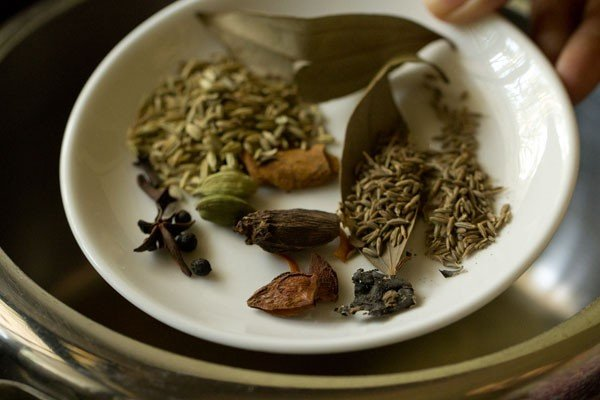 spices for spicy vegetable pulao recipe