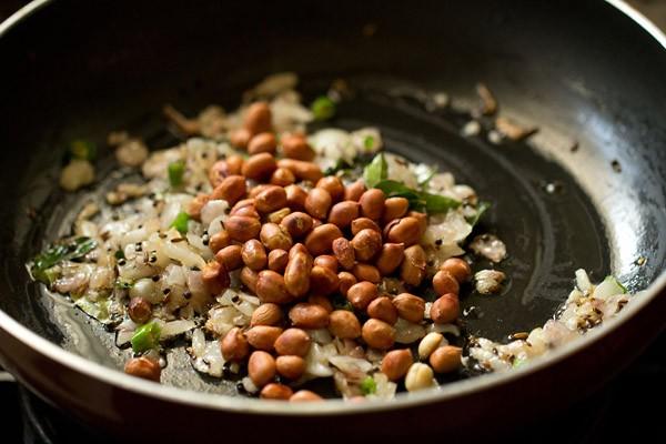 peanuts for batata poha recipe