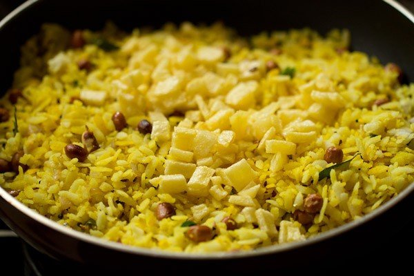 batata for batata poha recipe