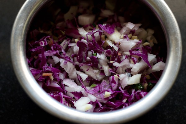 ingredients for cabbage pakora recipe