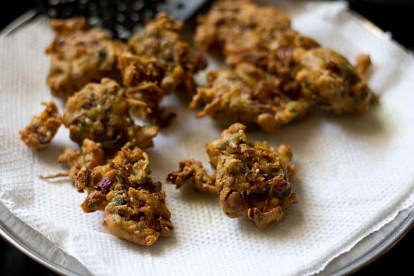 cabbage pakora recipe, cabbage fritters recipe