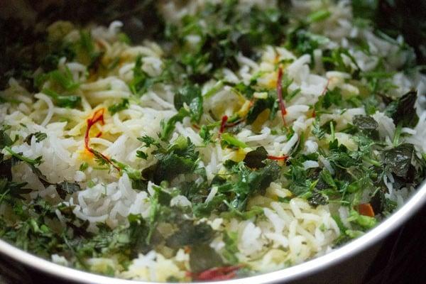 Biryani recipe hyderabadi veg biryani recipe vegetable dum hyderabadi veg biryani forumfinder Images