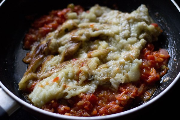 add baingan to make baingan bharta recipe