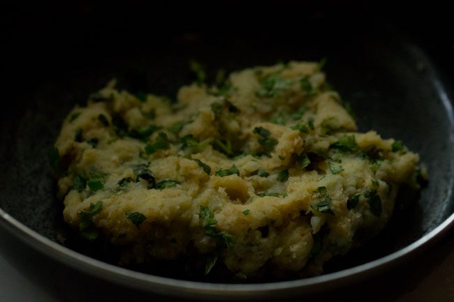 stuffing for bread pakoda recipe
