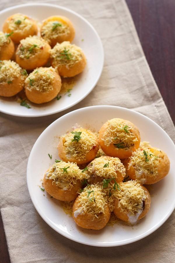Dahi Sev Batata Puri Recipe, How to make Dahi Batata Sev Puri Recipe