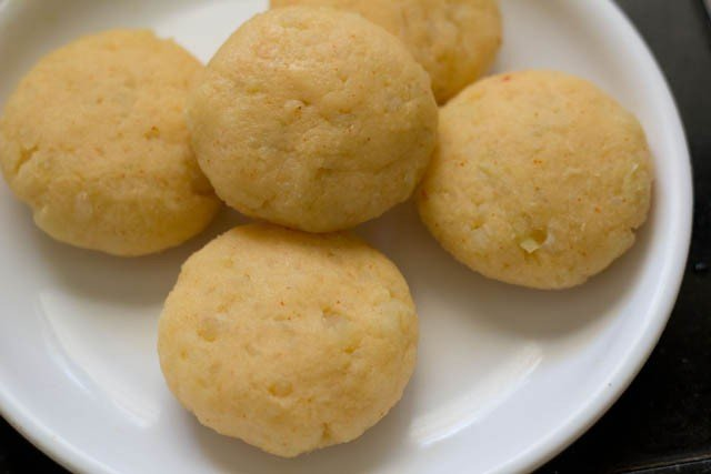 making ragda patties recipe