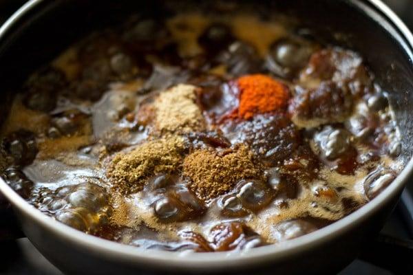 sweet jaggery for tamarind date chutney recipe