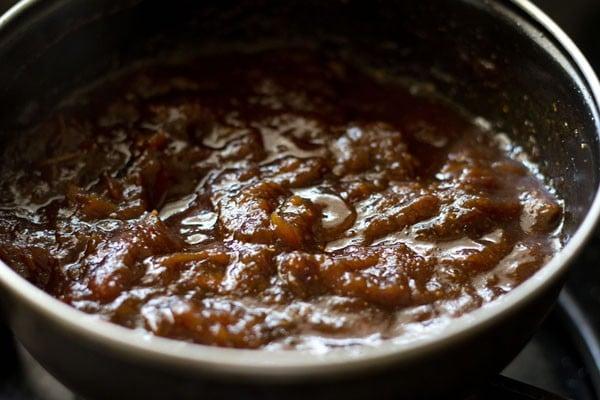 making tamarind date chutney recipe