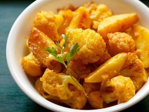 aloo gobi recipe - how to make dry aloo gobi | punjabi ...