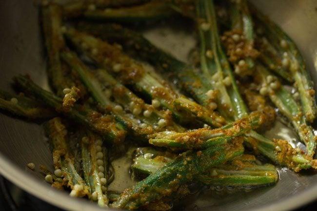 kurkuri-bhindi-recipe11