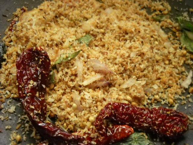 roasting the sambar masala