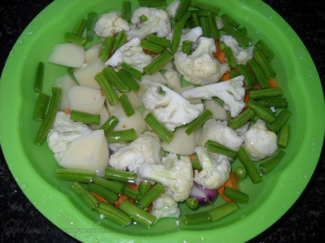 mixed vegetables for thai green curry