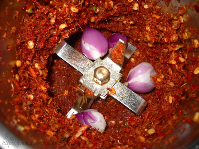 adding shallots for thai red curry