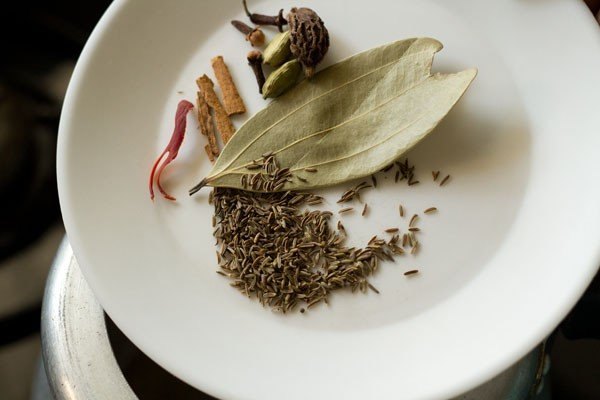 spices for chana pulao recipe