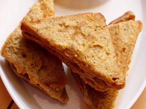 bread pakoda recipe, bread pakora recipe