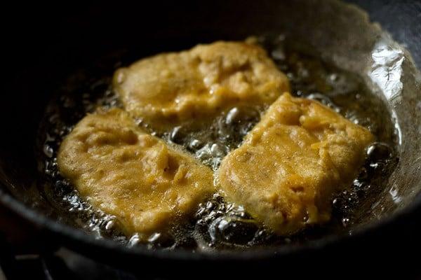 frying bread bajji