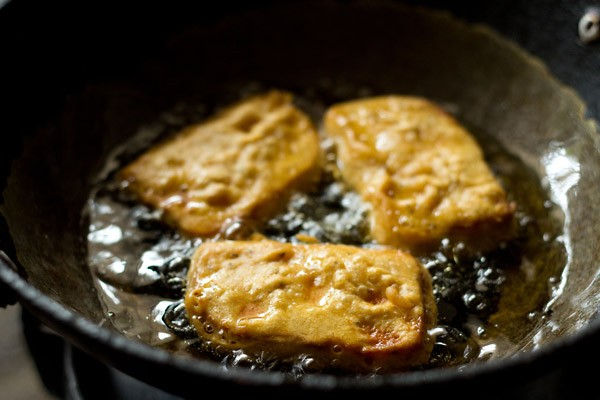 frying bread pakoras