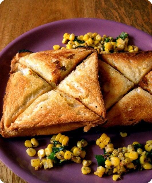 corn cheese chili toast, easy corn chili cheese toast