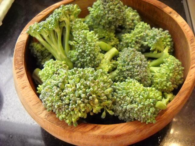 broccoli florets for broccoli basil recipe