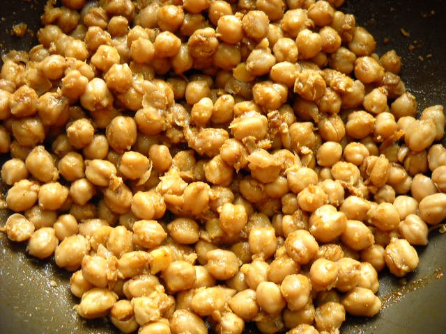 mix-chana-with-the-masala