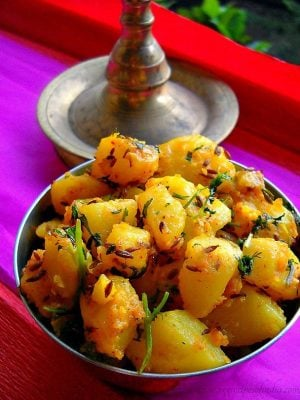 jeera aloo recipe, how to make jeera aloo | aloo jeera recipe