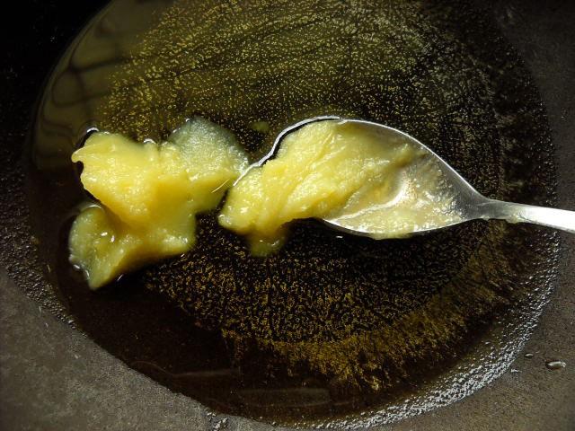 ghee melting - saffron halwa recipe