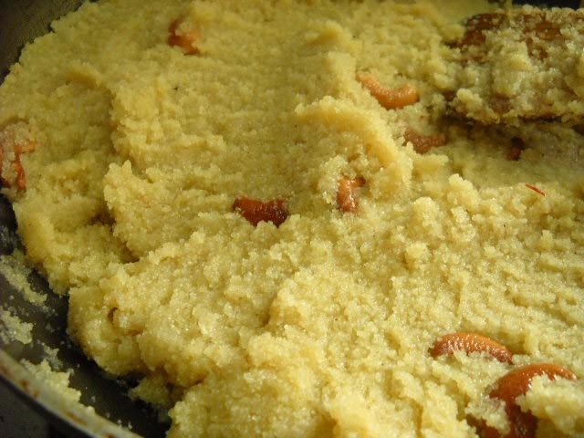 making saffron sooji halwa recipe