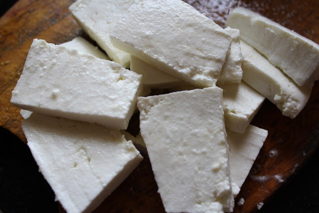 chopping paneer for paneer tikka recipe