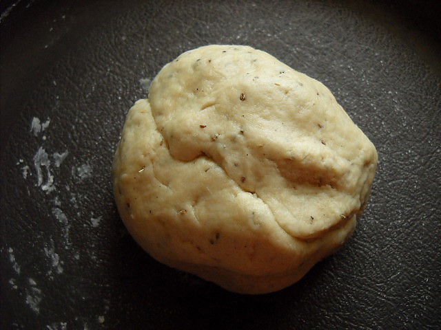 dough to make mathri recipe