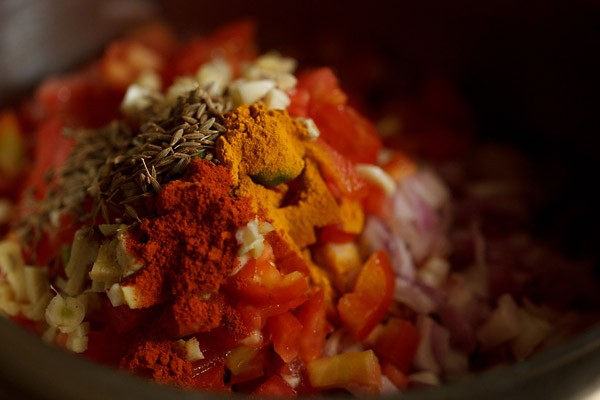 spices for rajma masala